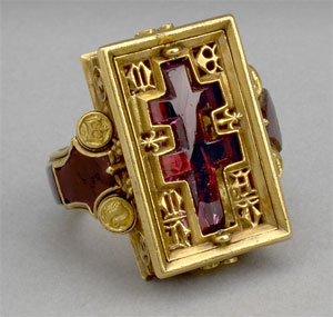 Thame Reliquary Ring (Click to enlarge)